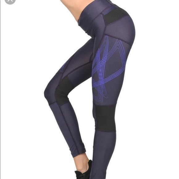 W Salomon Intensity running yoga legging